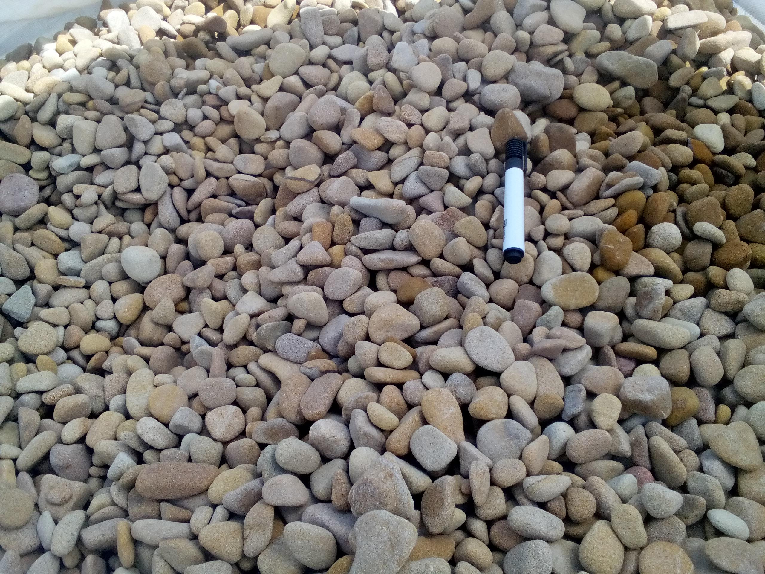 Купить галтованный камень песчаник, песчаную галтовку 10-30мм