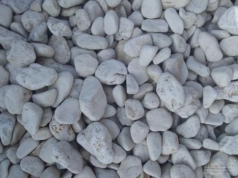 Бежевый галтованный камень