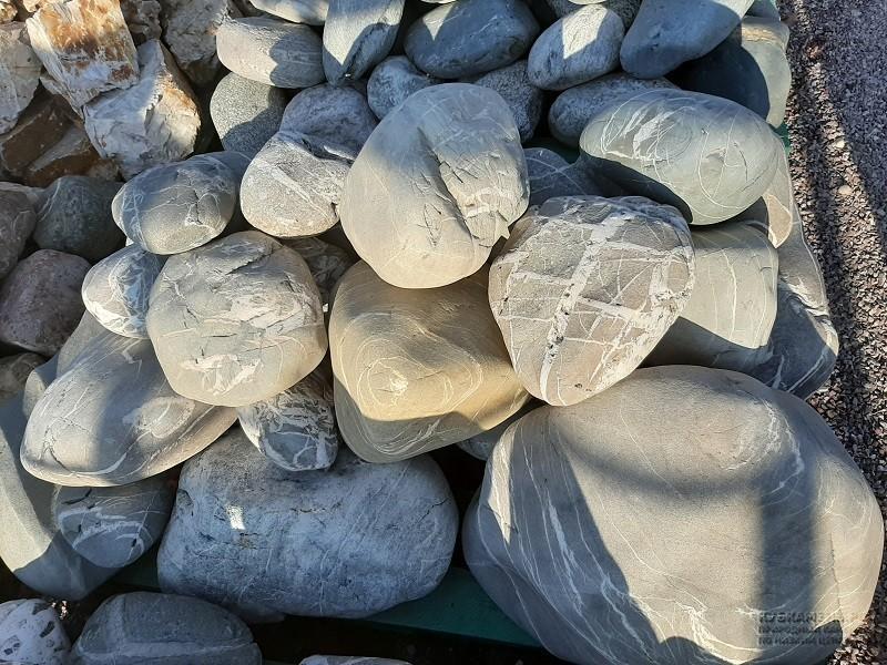 Купить красивый камень валун
