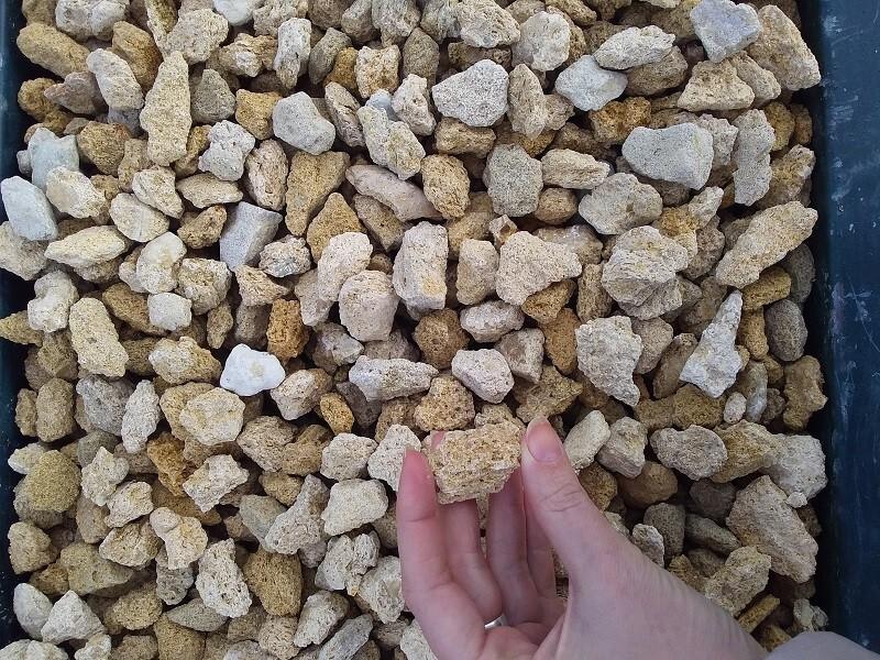 Купить каменную крошку ракушняк оптом с доставкой